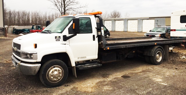 Bank Street Auto Flat Bed Towing Services